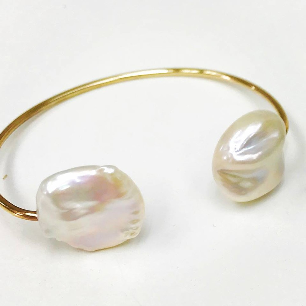 Baroque Pearl Gold Bangle