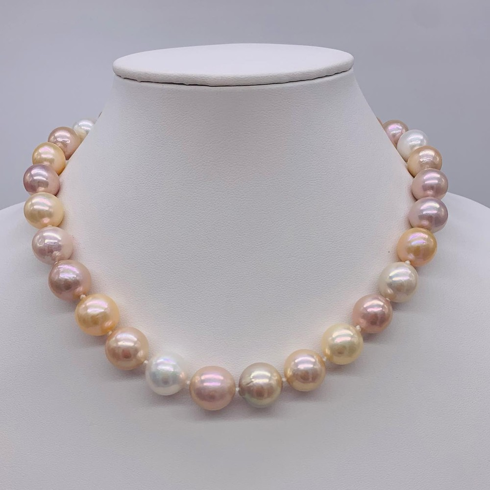 Cultured Pink Pearl Necklace with Diamond Clasp
