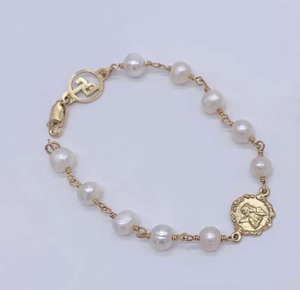Filigree Guardian Angel Bracelet in Gold and Pearls