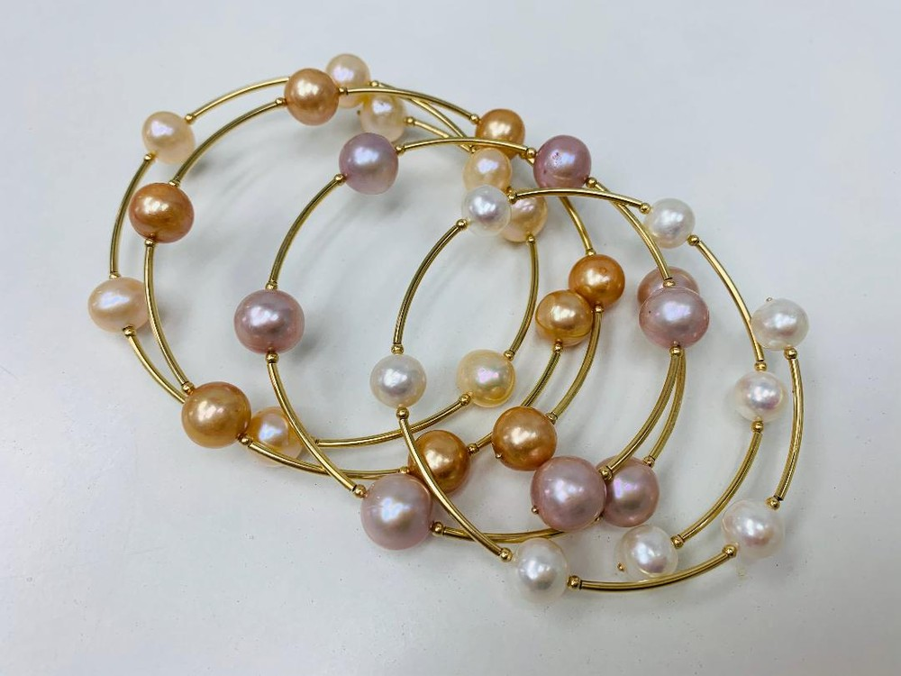 Golden Wire Multi Color Pearl Bracelet (Sold Separately)